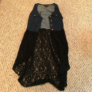 Forever21 denim and lace button down vest XS